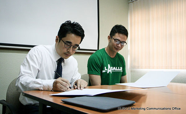 Memorandum of Understanding DLSU-D with Staffs 4 Academy