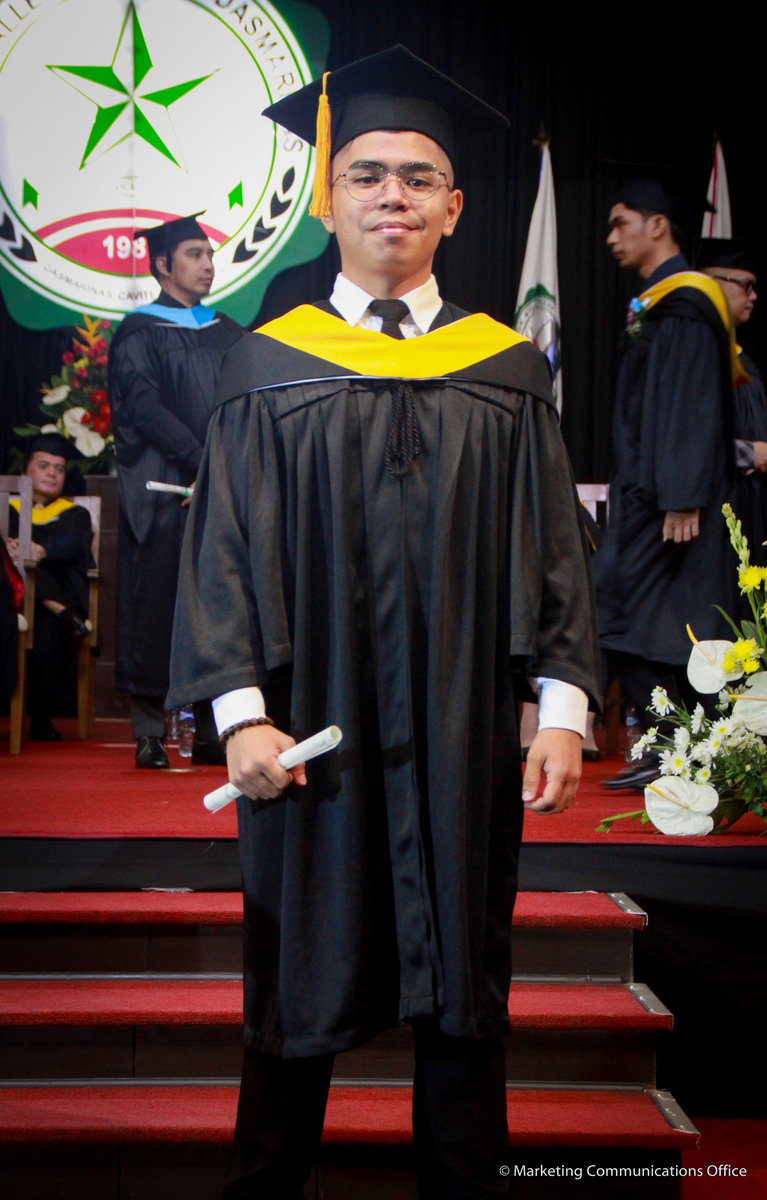 42nd commencement exercises (June 30, 2018 CEAT & CLAC) Commemcement Speaker Mr. Edwin Bautista Director, CEO & President Union Bank of The Philippines